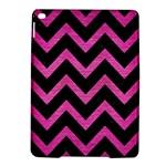 CHEVRON9 BLACK MARBLE & PINK BRUSHED METAL (R) iPad Air 2 Hardshell Cases