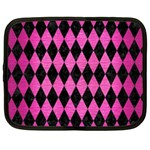 DIAMOND1 BLACK MARBLE & PINK BRUSHED METAL Netbook Case (XXL)