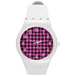 HOUNDSTOOTH1 BLACK MARBLE & PINK BRUSHED METAL Round Plastic Sport Watch (M)