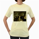 New York Gothic Dark Cityscape at Night Women s Yellow T-Shirt