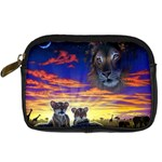2-77-Animals-Wildlife-1024-010 Digital Camera Leather Case