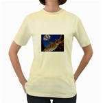 2-74-Animals-Wildlife-1024-007 Women s Yellow T-Shirt