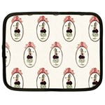 The Female Eye Netbook Case (XXL)